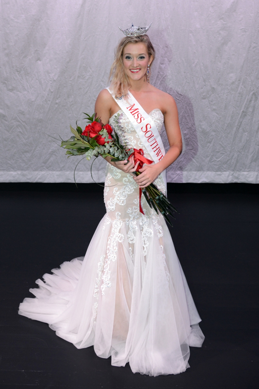 2017 Miss Southwest- Elisabeth Fellows (2)