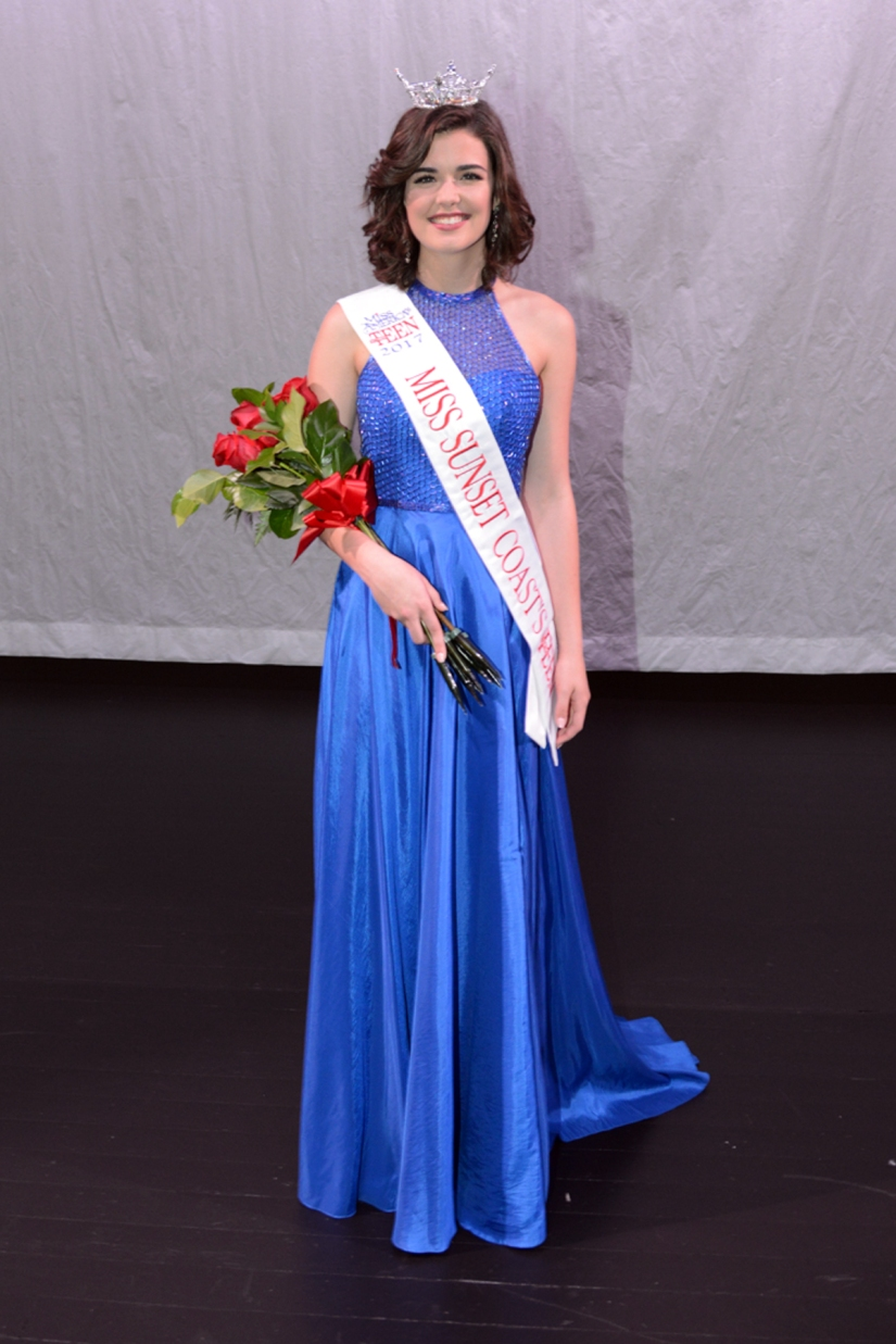 2017 Miss Sunset Coast Outstanding- Katie Preston (1)